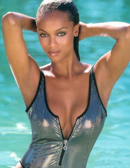 Tyra Banks - 34